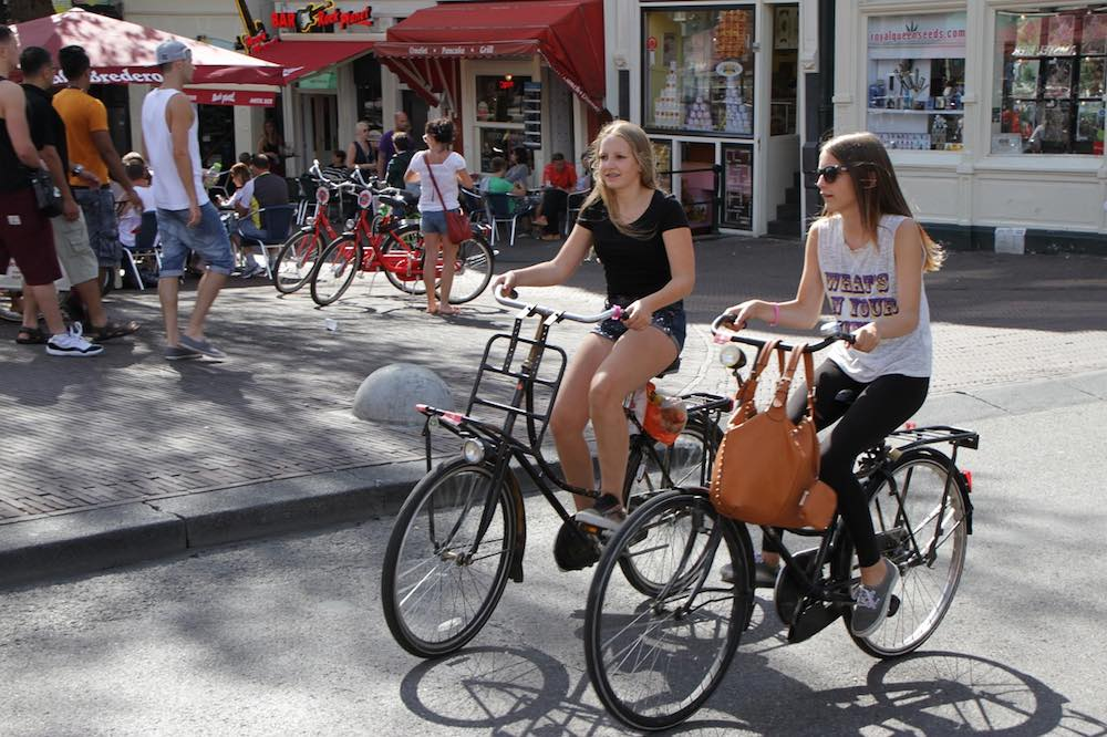 Amsterdam_-_Bike_Rental